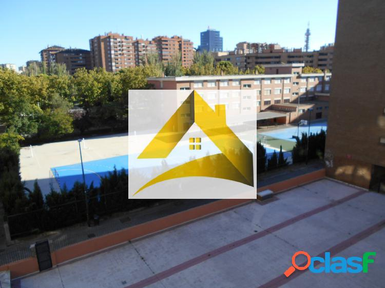 Se alquila piso 3 dormitorios, Vía Univérsitas, Zaragoza