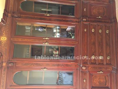 Mueble de salón en madera y marquetería