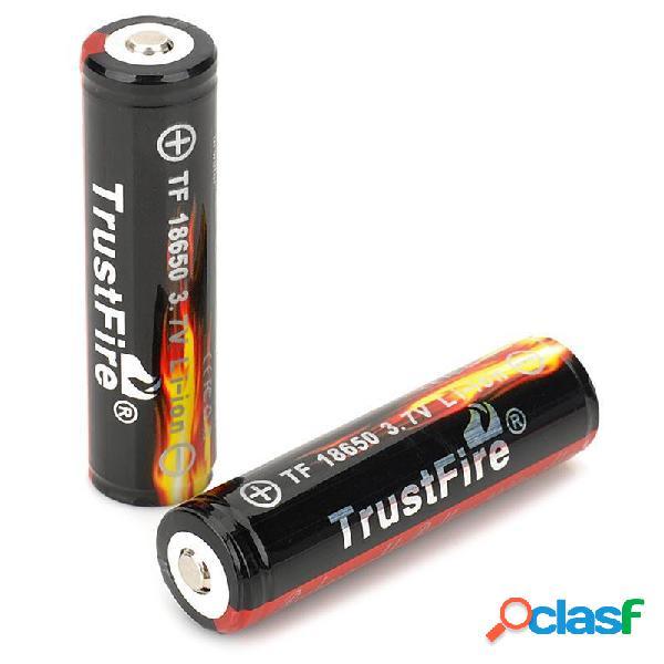 2 UNIDS TrustFire Protegido 18650 3.7 V Verdadero 2400 mAh