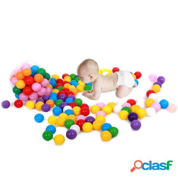 20 piezas de plástico de colores juguetes de los niños