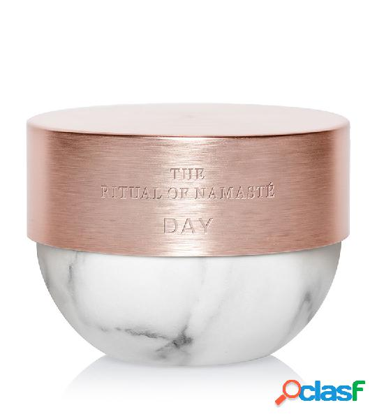 The Ritual Of Namasté. RITUALS Radiance Anti-Aging Day