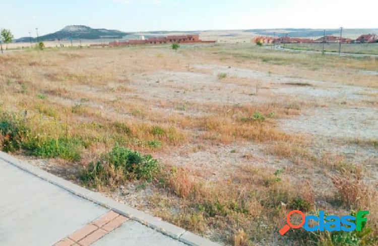 Urbis te ofrece un estupendo terreno en venta en Renedo de