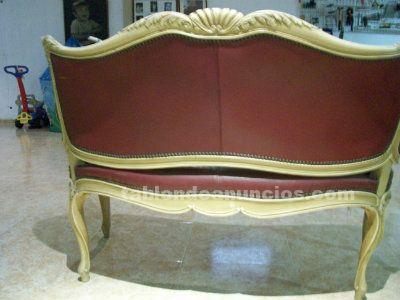 Sofa luis xv antiguo tapizado en piel finales de los años