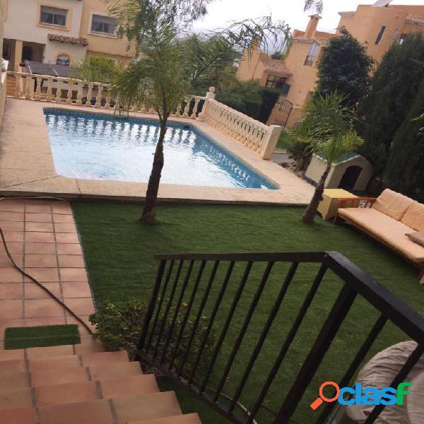 Adosada en Alquiler en Altea Alicante