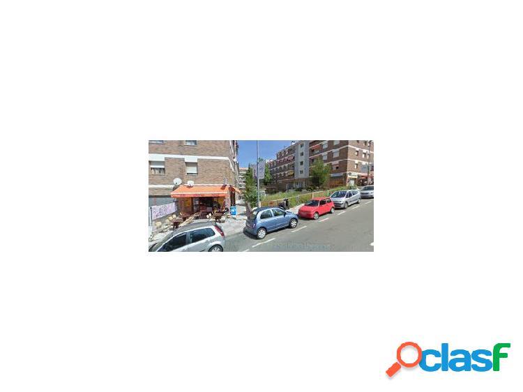 Alquiler Local Comercial en Fenals.