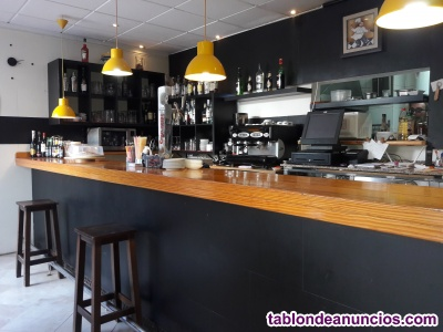 Alquiler bar/pizzeria con terraza €