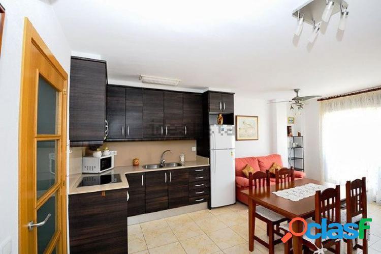 Apartamento de 62 m2, consta de 2 dormitorios. A 3 mitos DEL