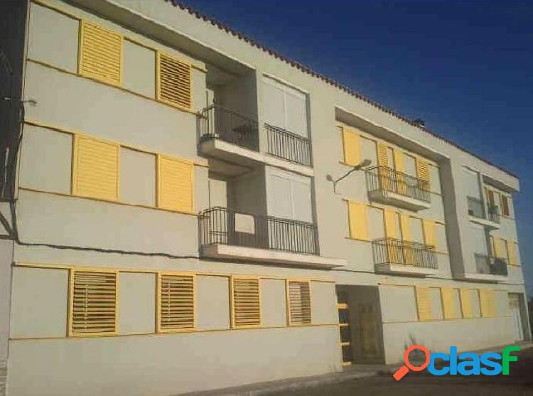 Apartamento de 77 m2 con 2 habitaciones, terraza y plaza de