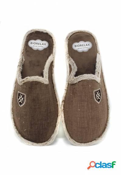 Biorelax - Zapatillas de casa marrón con escudo