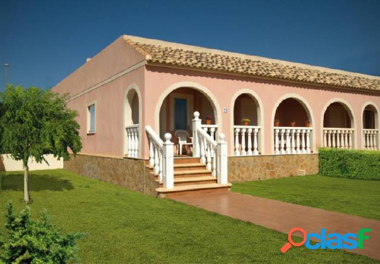 Bungalow en planta baja con 2 dormitorios Balsicas (Murcia)