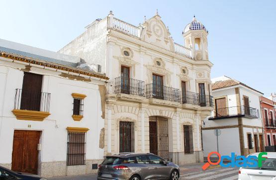 Casa de estilo colonial ubicada en la Calle Real, 86 en
