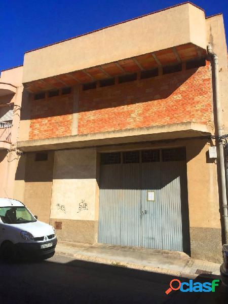 Casa por terminar, en Sant Carles de la Rapita, con, almacen