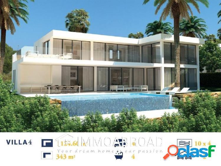 Chalet en venta en Marbella con 3 dormitorios y 3 baños