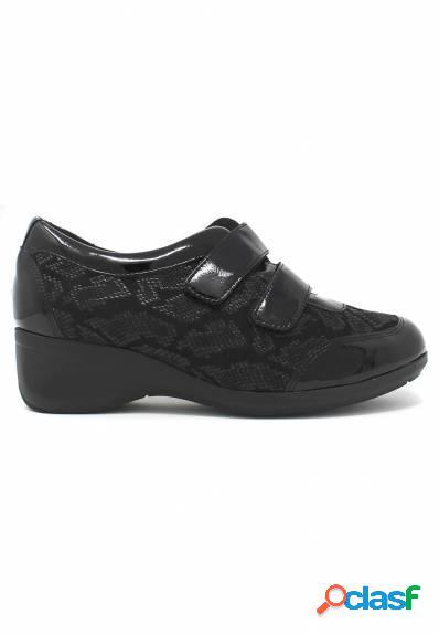 Doctor Cutillas - Zapato negro señora confort con cuña