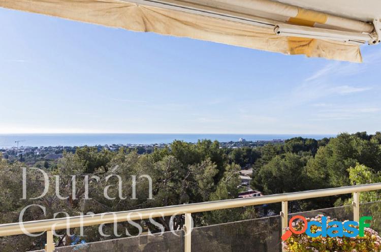 Exclusivo piso en Santa Bárbara con vistas al mar