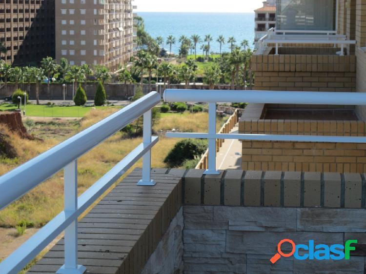 INTERESANTE apartamento, ático con gran terraza ubicado en