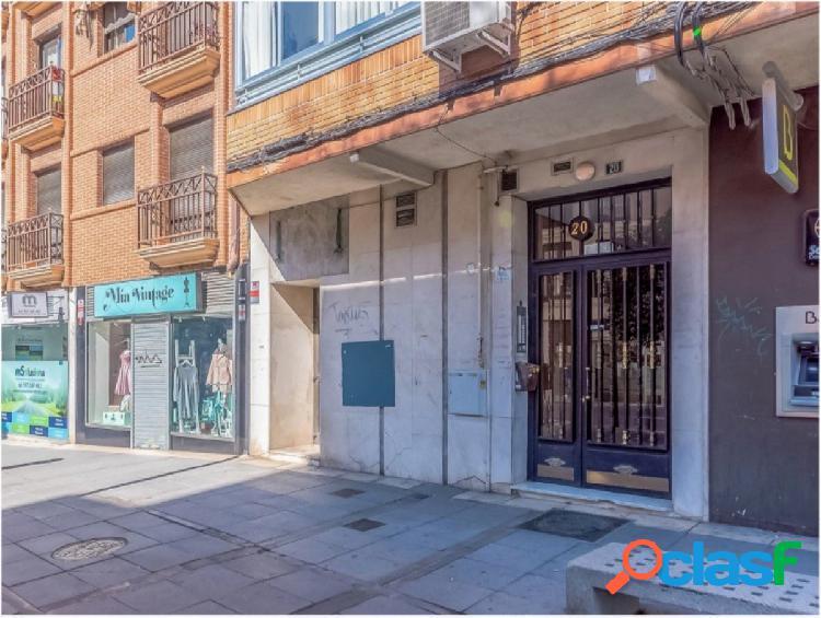 Local Comercial antigua oficina bancaria en pleno centro de