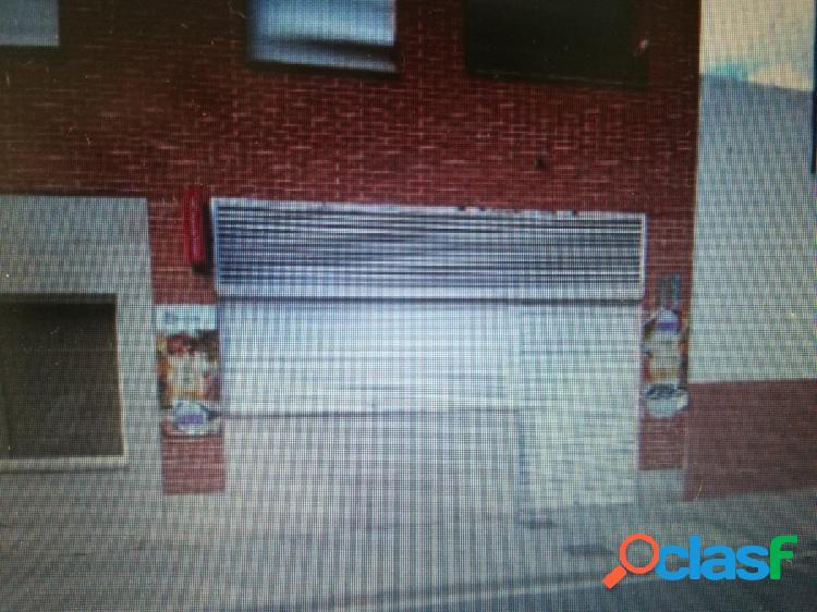 Local comercial en Miguelturra. Venta o Alquiler Calle