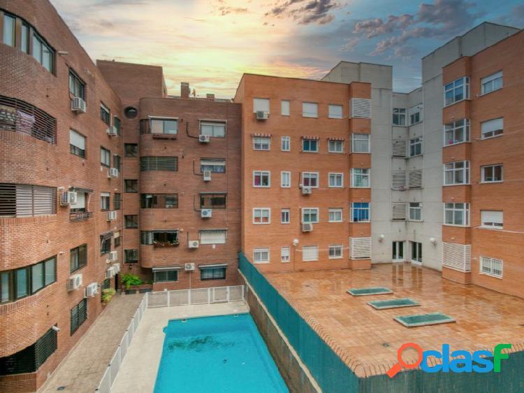 Piso en Valdemoro en urbanización cerrada de 3 dormitorios