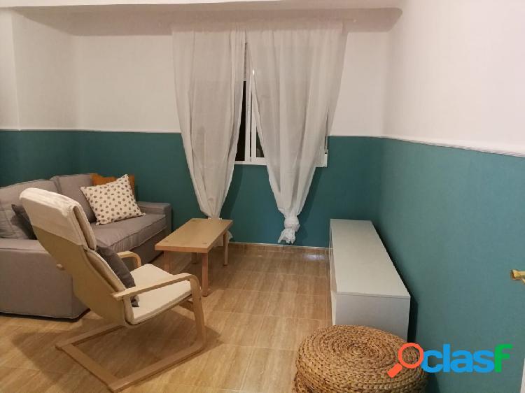 Se alquila apartamento reformado en el centro de Murcia
