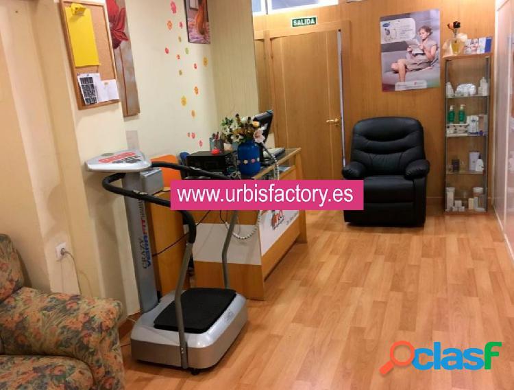 Urbis te ofrece un estupendo local comercial en alquiler en