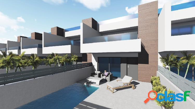 Villas adosadas con jardín y piscina privada en Benijófar,