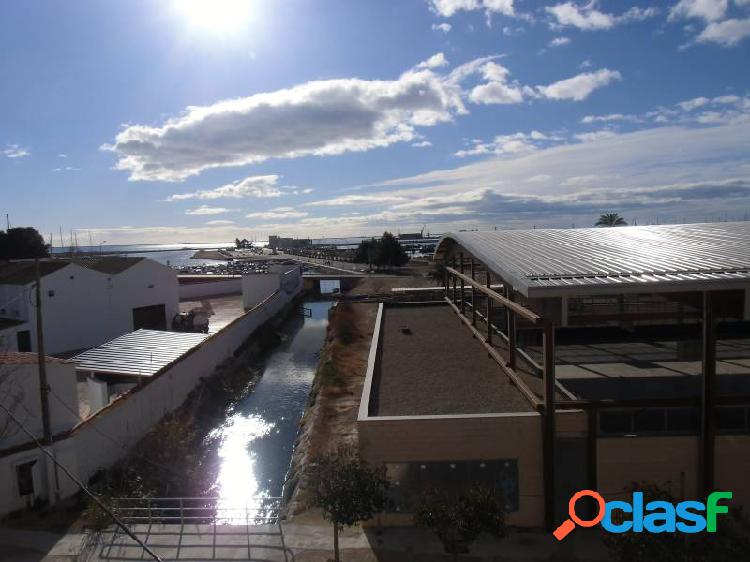 piso de 85 m2 con 3 dormitorios, terraza y vistas al mar