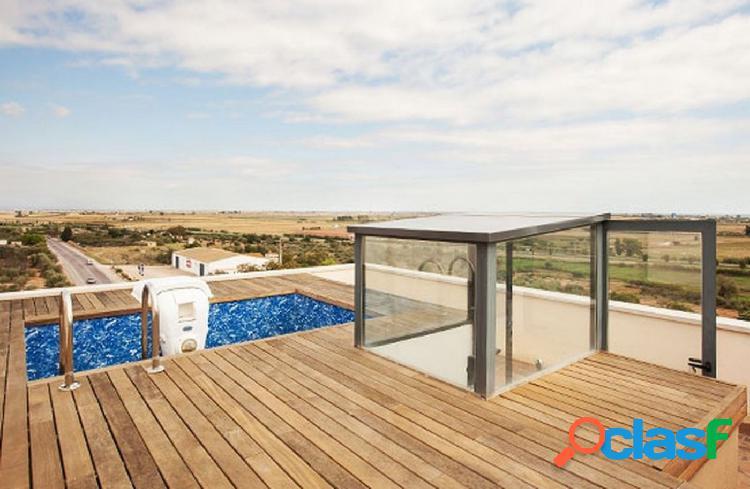 Ático de 47 m2, con 1 dormitorio, solárium con jacuzzi,
