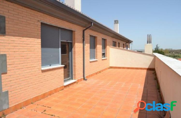 venta de ático con terraza en la localidad de Calvarrasa de