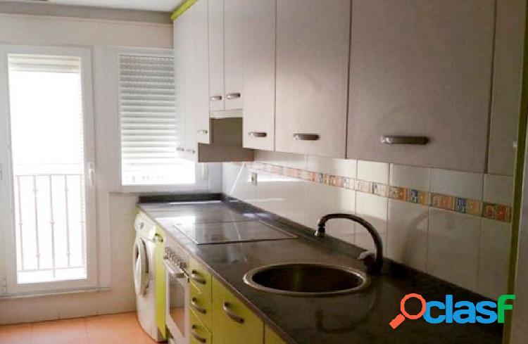 venta de vivienda de tres habitaciones y dos baños en