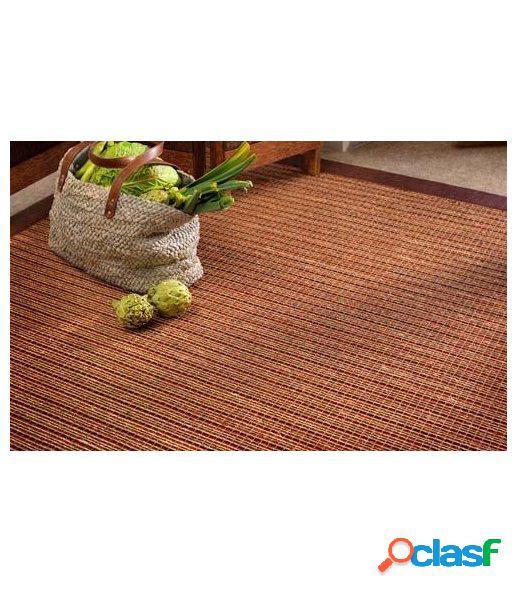 Mallorca. alfombra de fibras de sisal.