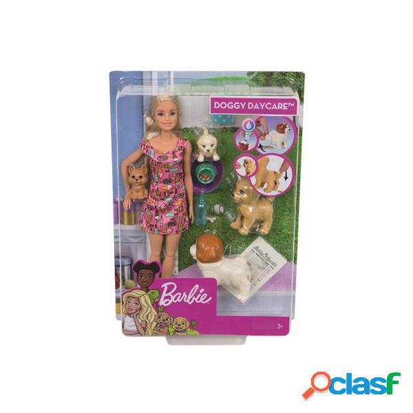 Barbie y su Guarderia de Perritos