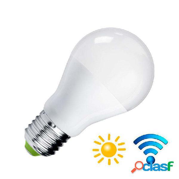Bombilla led e27 9w sensor movimiento y luminosidad blanco