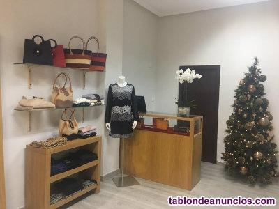 Traspaso negocio tienda de ropa y complementos de mujer
