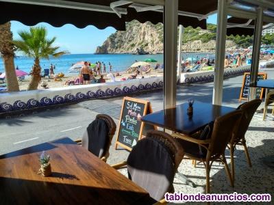 Se traspasa restaurante en primera línea de playa