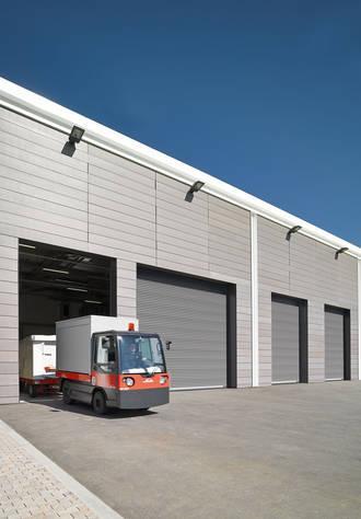 Puertas industriales para el sector logístico