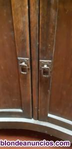 Vendo mueble antiguo de lavabo con espejo
