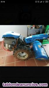 Vendo tractor semi nuevo