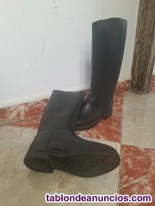 Vendo 2 pares de botas de montar a caballo casi/nuevas