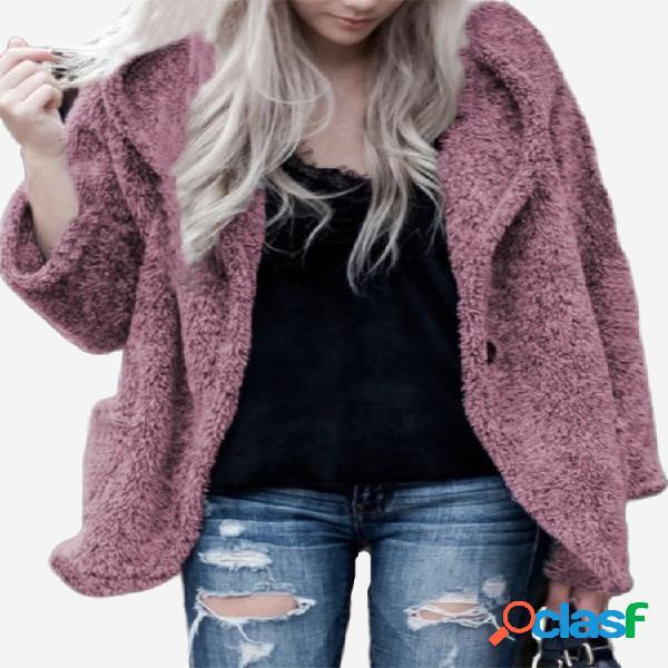 Abrigo con capucha de manga larga en color liso con vellón