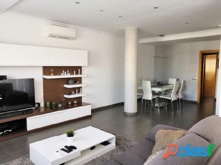 Amplio piso en venta en Beniarjo