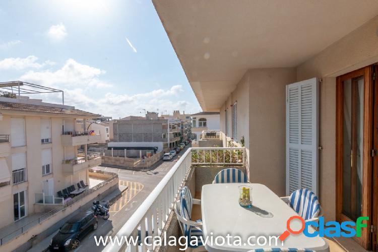 Apartamento cerca del puerto de la Colonia de Sant Jordi.