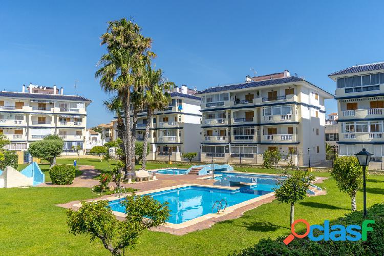 Apartamento con vistas al mar en La Mata, Torrevieja