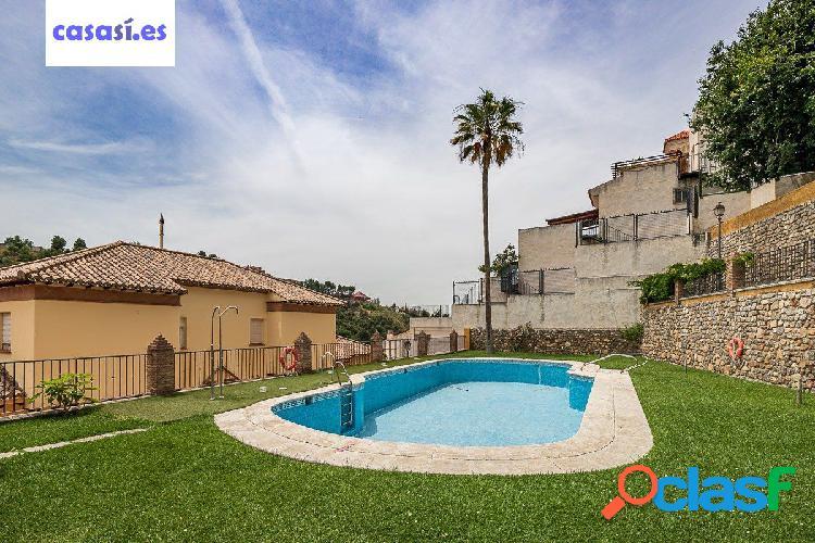 Casa en Cra. de la Sierra - Granada