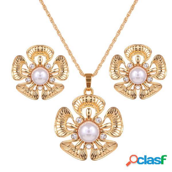 Conjuntos de joyas bohemias Flor de perla Rhinestone encanto