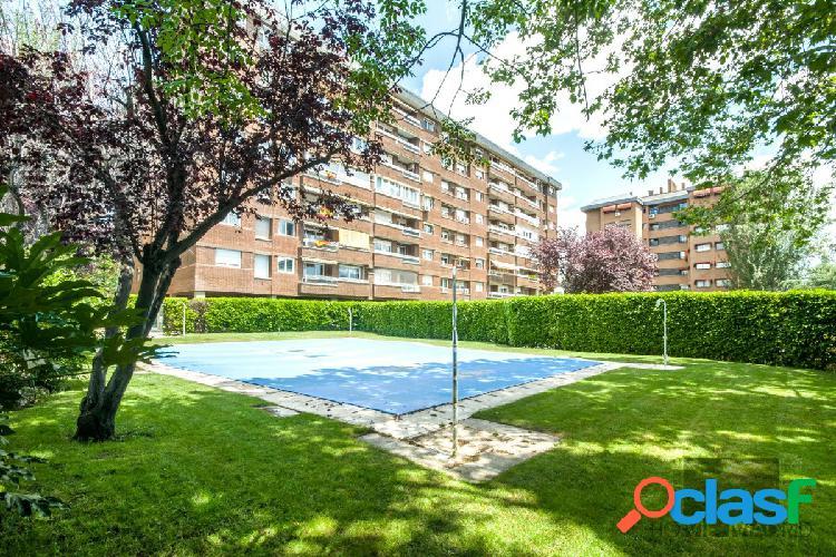 ESTUDIO HOME MADRID OFRECE excelente vivienda de 172 m² en