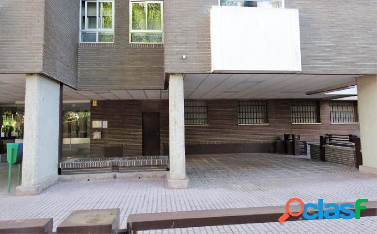 ESTUDIO HOME MADRID OFRECE inmueble de 90 m² en la Urb.
