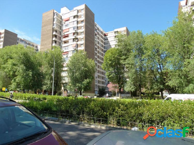 ESTUDIO HOME MADRID OFRECE vivienda de 147 m2 en el Barrio