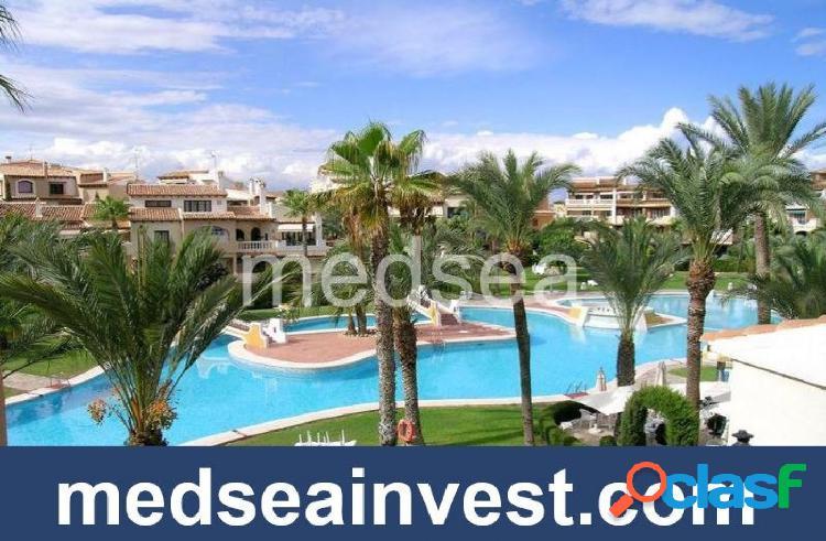 Exclusivo apartamento a 200 metros de la playa de Los Locos