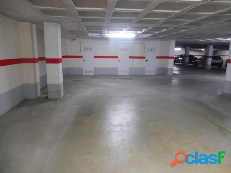 Garaje a la venta en una zona difícil de aparcar en Pintor